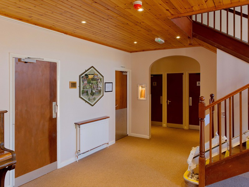tatsfield_village_hall_lobby